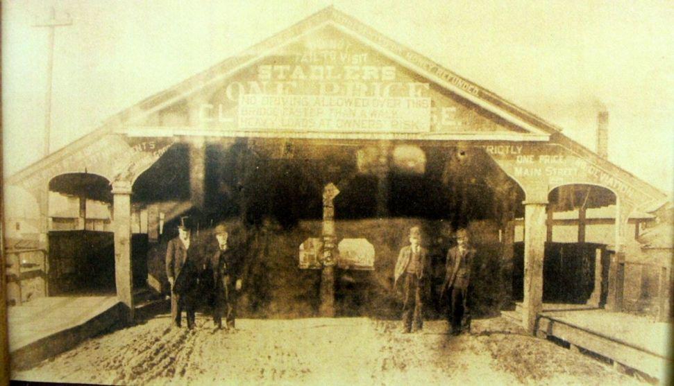 Sign for Stadler's store hangs over Mount Vernon covered bridge.